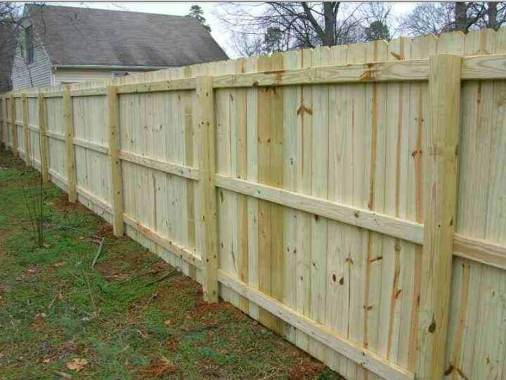 Best Muskegon Michigan Residential Fencing Company